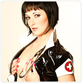 Soirée infirmière pour Leslie Fox !